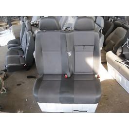 Mercedes Benz Sprinter W906 2er Sitzbank vorne ( Leder ) im gutem Zustand !